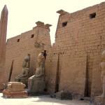 Jak stanąć podegipskim obeliskiem nieruszając się zEuropy?