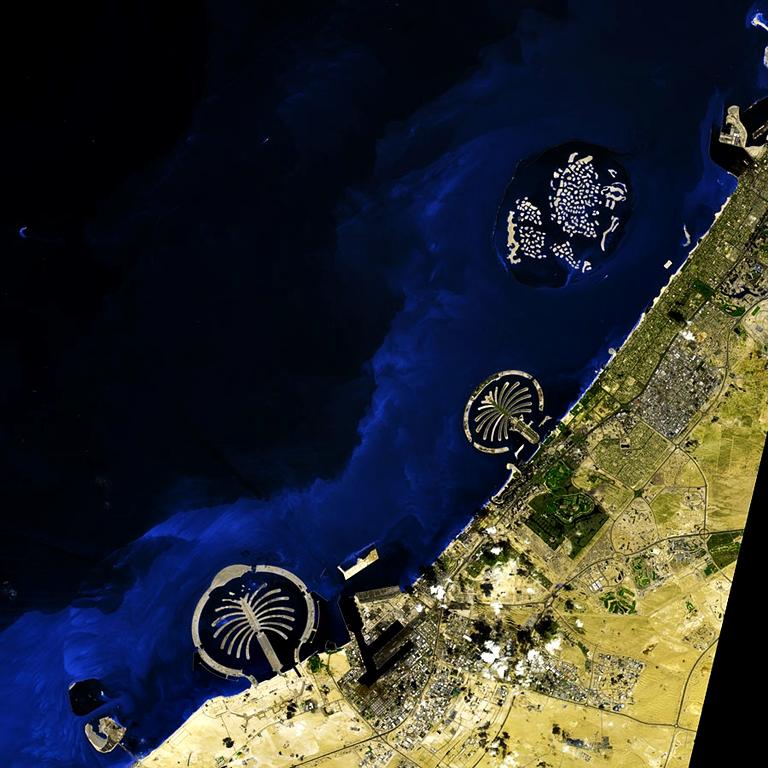 900px-Dubaiworld_ast_2009036_lrg