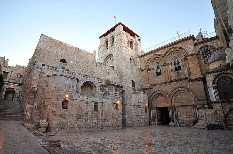 tttThe_Church_of_the_Holy_Sepulchre-Jerusalem