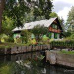 Spreewald – niemiecka Wenecja. Wodny labirynt, sielski krajobraz iogórkowe szaleństwo!